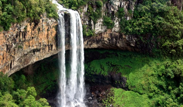 Foto Cachoeira do Caracol